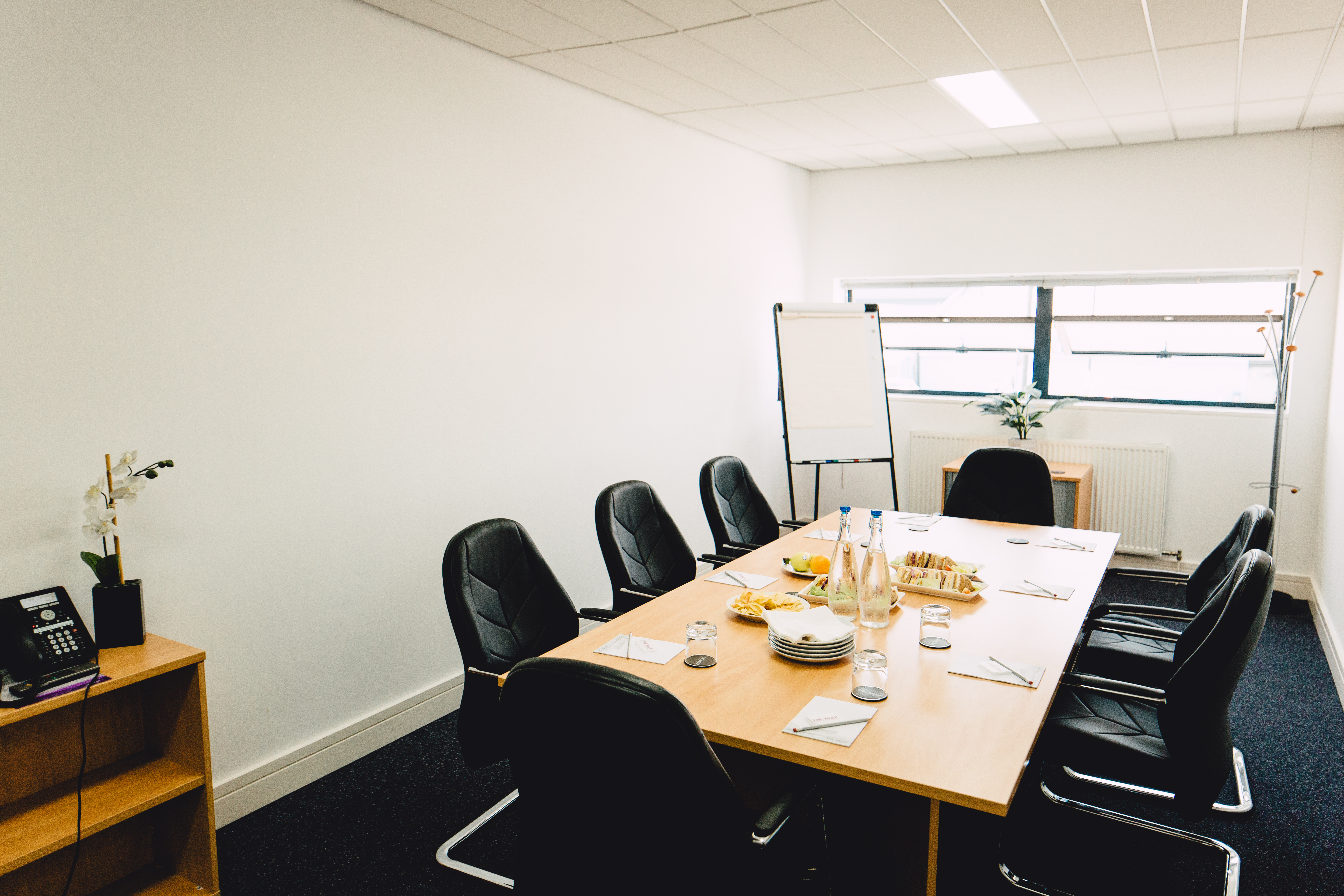 Awesome Meeting Rooms The Deep Business Centre Download Free Architecture Designs Scobabritishbridgeorg